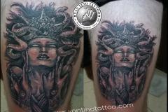 madusha-tattoo-women-snek-tattoo-bali-realistic-kuta-sanur-yantino-balinesia-blackgrey-amazing