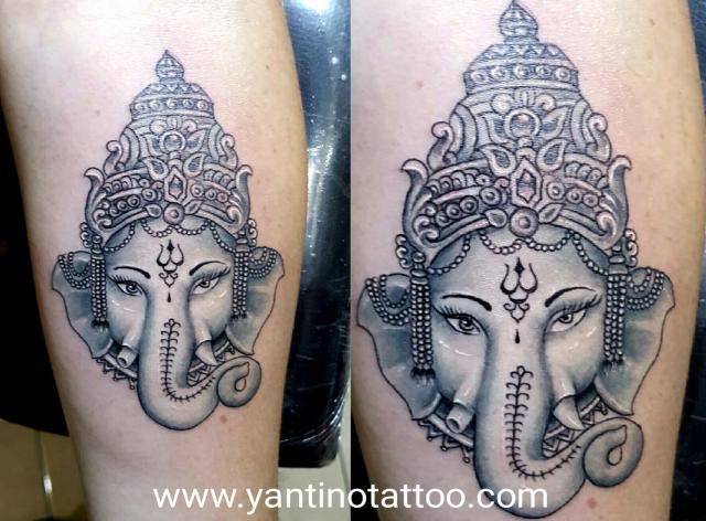 Black & Grey | Yantino Tattoo