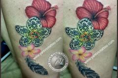 flower-tattoo-bali-yantino-kuta-studio-realistic-prangipani-fether-maory-top